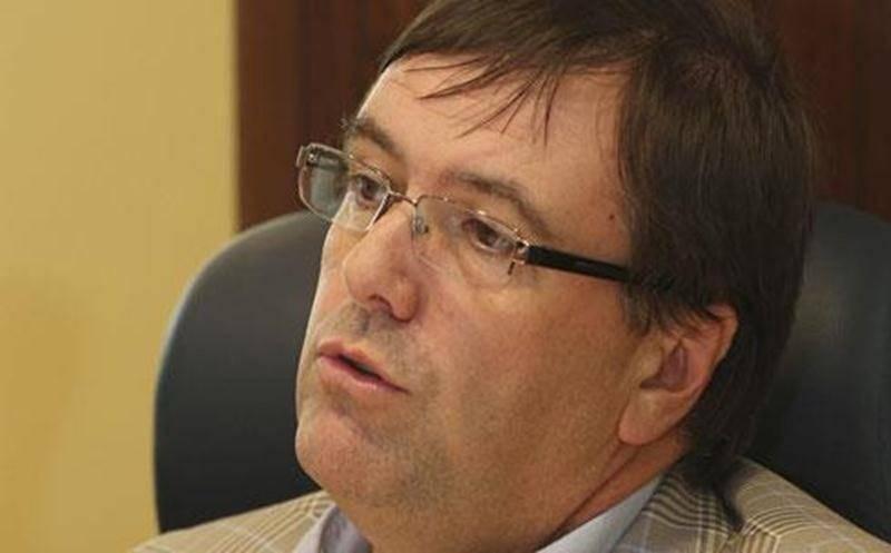 Le directeur général de la Ville de Saint-Hyacinthe, Louis Bilodeau, siège d'office au conseil d'administration de la Cité de la biotechnologie, mais n'y a pas droit de vote.
