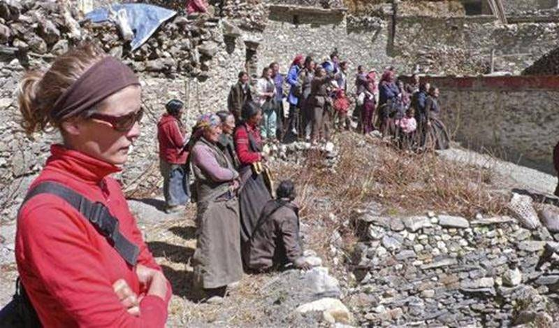 Dans le cadre des conférences du Club Alpin Les Maskoutains, François-Xavier Bleau, de Terra-Ultima, propose un dépaysement complet dans un Népal médiéval. En sa compagnie, on découvrira les sentiers des Annapurna et ceux des vallées cachées du Naar-Phu, une région ouverte au tourisme seulement depuis 2002. On visitera deux villages aux influences tibétaines où la modernité n'a pas encore laissé sa trace et les rares ressources sont parfois source de conflit… Une aventure dans tous les sens du t