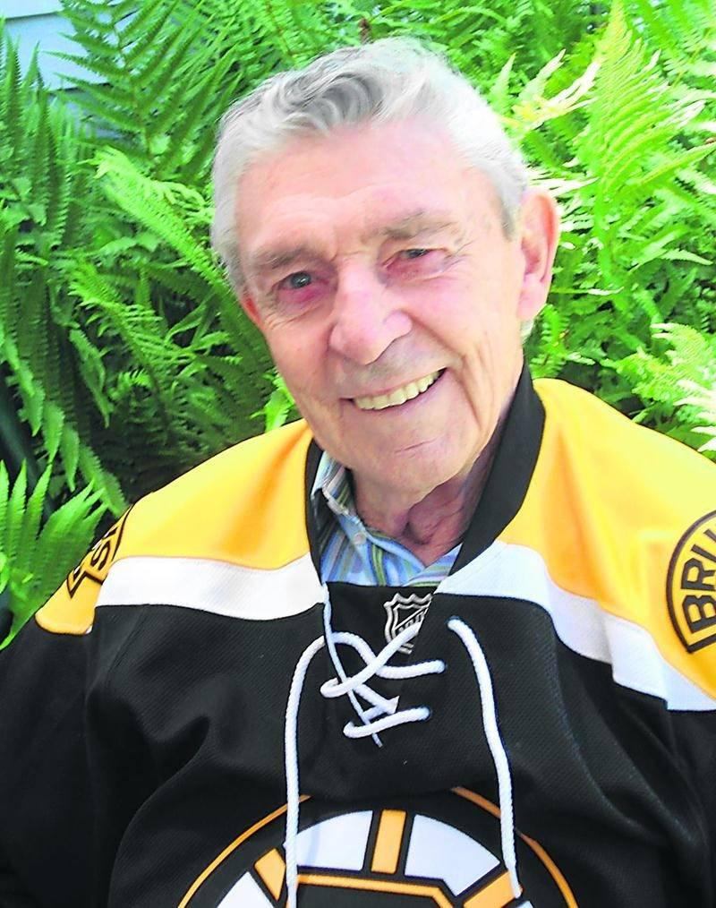 On le connait également pour avoir porté les couleurs des Bruins de Boston.