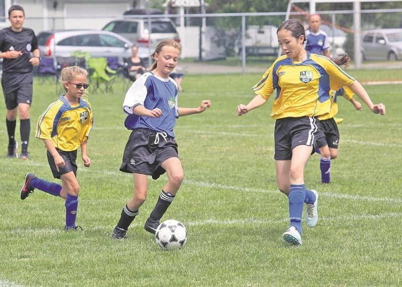 Un total de 55 équipes de soccer se sont disputé 97 matchs du 7 au 9 juillet lors du 26e Tournoi national de soccer de Saint-Hyacinthe.  Photo Robert Gosselin | Le Courrier ©