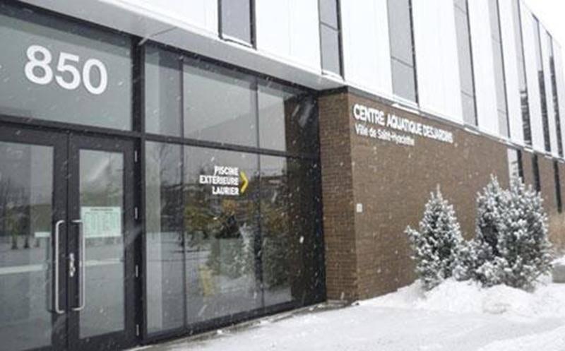 Le secrétariat du service des Loisirs est fermé jusqu'au jeudi 2 janvier inclusivement. À noter que le vendredi, les bureaux sont ouverts de 8 h 30 à 13 h. Pour information, composez le 450 778-8333. Le Centre aquatique Desjardins et le secrétariat de la Corporation aquatique maskoutaine sont fermés les 26 et 31 décembre ainsi que les 1 er et 2 janvier.
