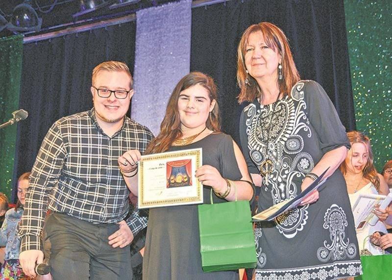 Mélody Larochelle, de l'école Saint-Joseph / Spénard, est la gagnante du prix qui lui donne un accès direct à la demi-finale du Petit Festival de la chanson de Granby. Lors de la finale, elle a chanté « Je vole » de Louane.