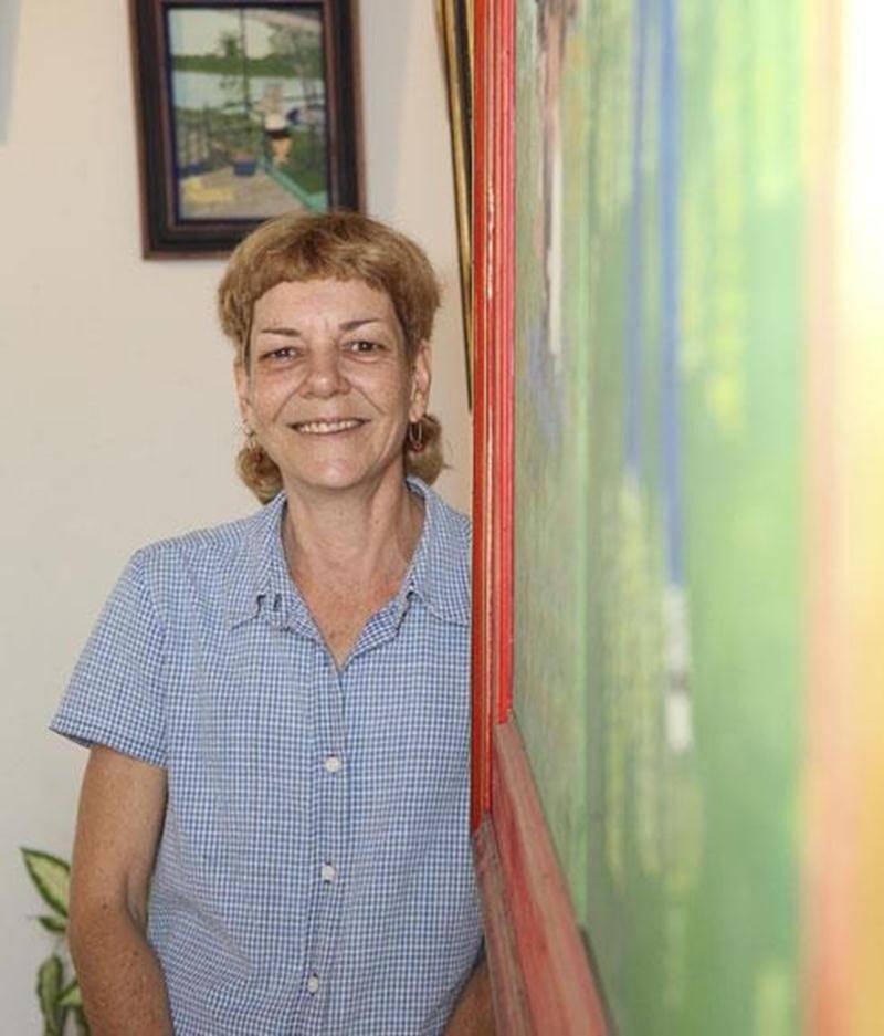 Jusqu'au 28 septembre, l'artiste-peintre Manon Forest présente l'exposition <em>Espoirs</em> au Bureau de tourisme et des congrès de Saint-Hyacinthe.