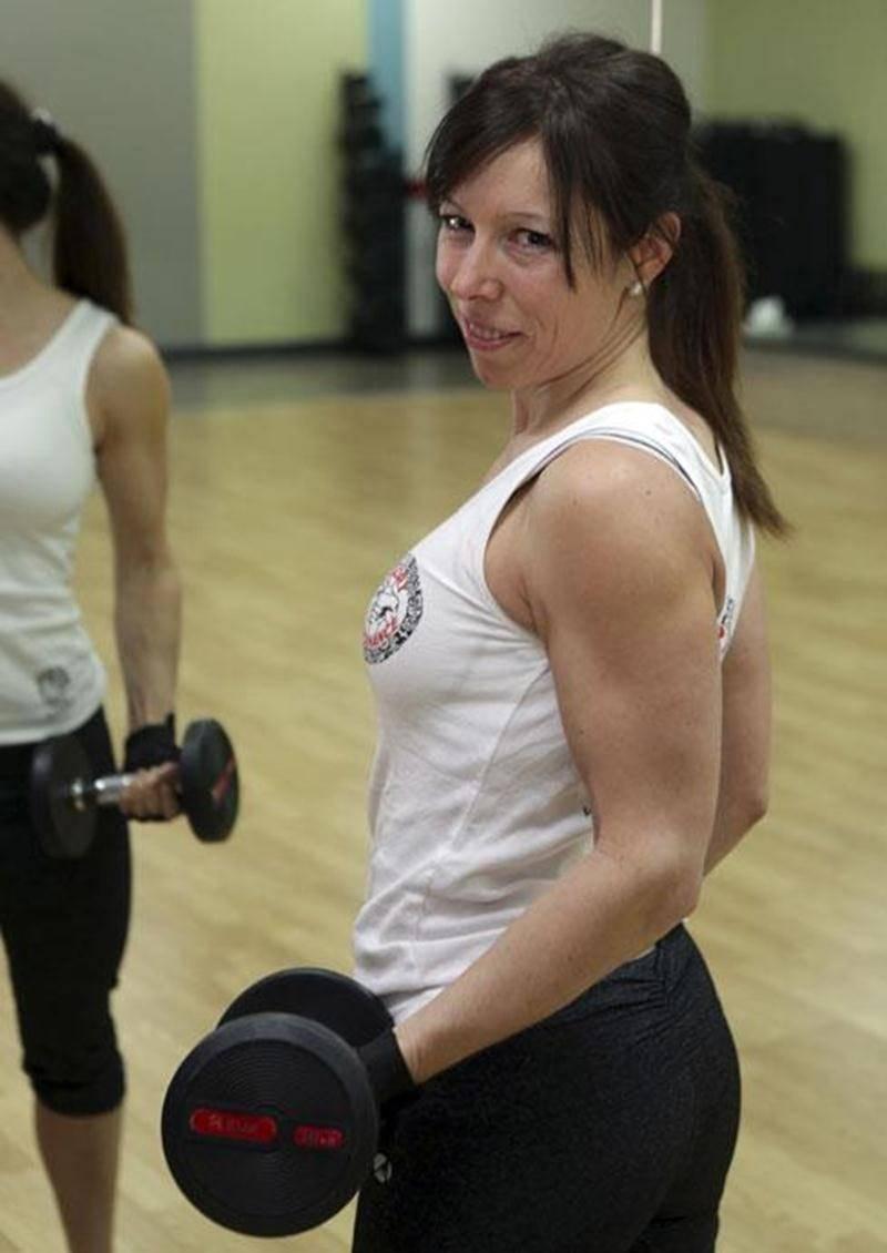Martine Lemelin s'entraîne cinq à six fois par semaine en préparation de sa première compétition de fitness, le Québec Open.