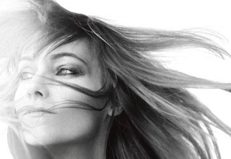 Cinq ans après la sortie de son album original des fêtes, Maryse Letarte est connue internationalement pour avoir dépassé le cliché des chansons de Noël et en inscrivant ses chansons parmi les classiques.