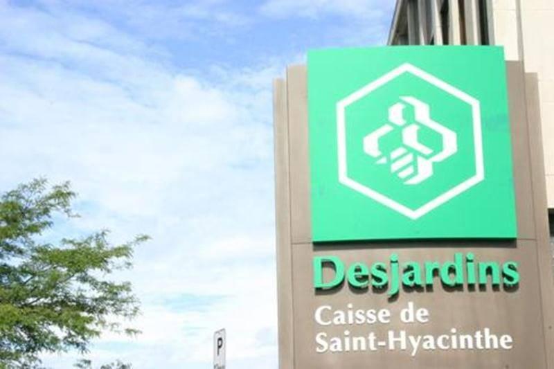 La Caisse de Saint-Hyacinthe désire installer des coffres-forts dans les centres de personnes âgées afin de remettre sur pied le service de caissiers mobiles. Si tout va bien, le service pourrait être fonctionnel au début de 2012.