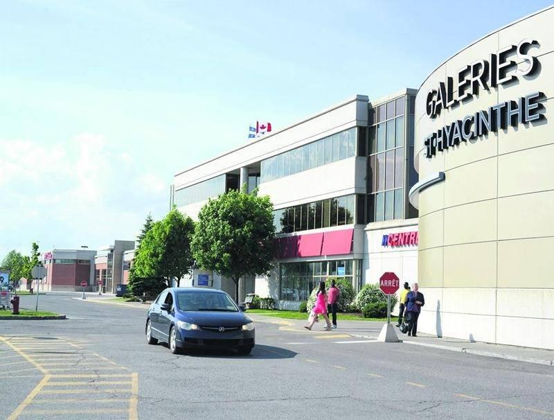 Le futur centre de congrès municipal et l'hôtel qui le desservira seront construits sur un emplacement jouxtant les Galeries St-Hyacinthe, propriété des Centres d'achats Beauward. Photothèque | Le Courrier ©