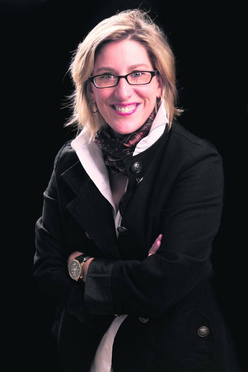 Annie Joan Gagnon ne s'intéresse pas qu'aux romans adultes, travaillant notamment sur un projet de livre pour enfants avec l'aide d'une illustratrice. Photo Rolf Kerstein