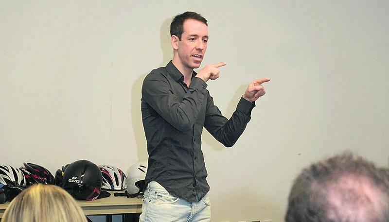 François Parisien s'est ouvert sur son parcours en tant que cycliste lors d'une conférence offerte au Vélo-Club de Saint-Hyacinthe. Photo François Larivière | Le Courrier ©