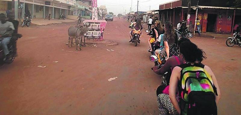 Ce n'est pas l'action qui manque sur les artères principales de la ville de Tambacounda. Photo courtoisie