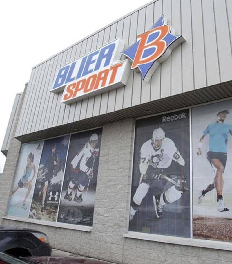 La boutique Blier Sport située dans la zone commerciale du boulevard Choquette vient de fermer ses portes.