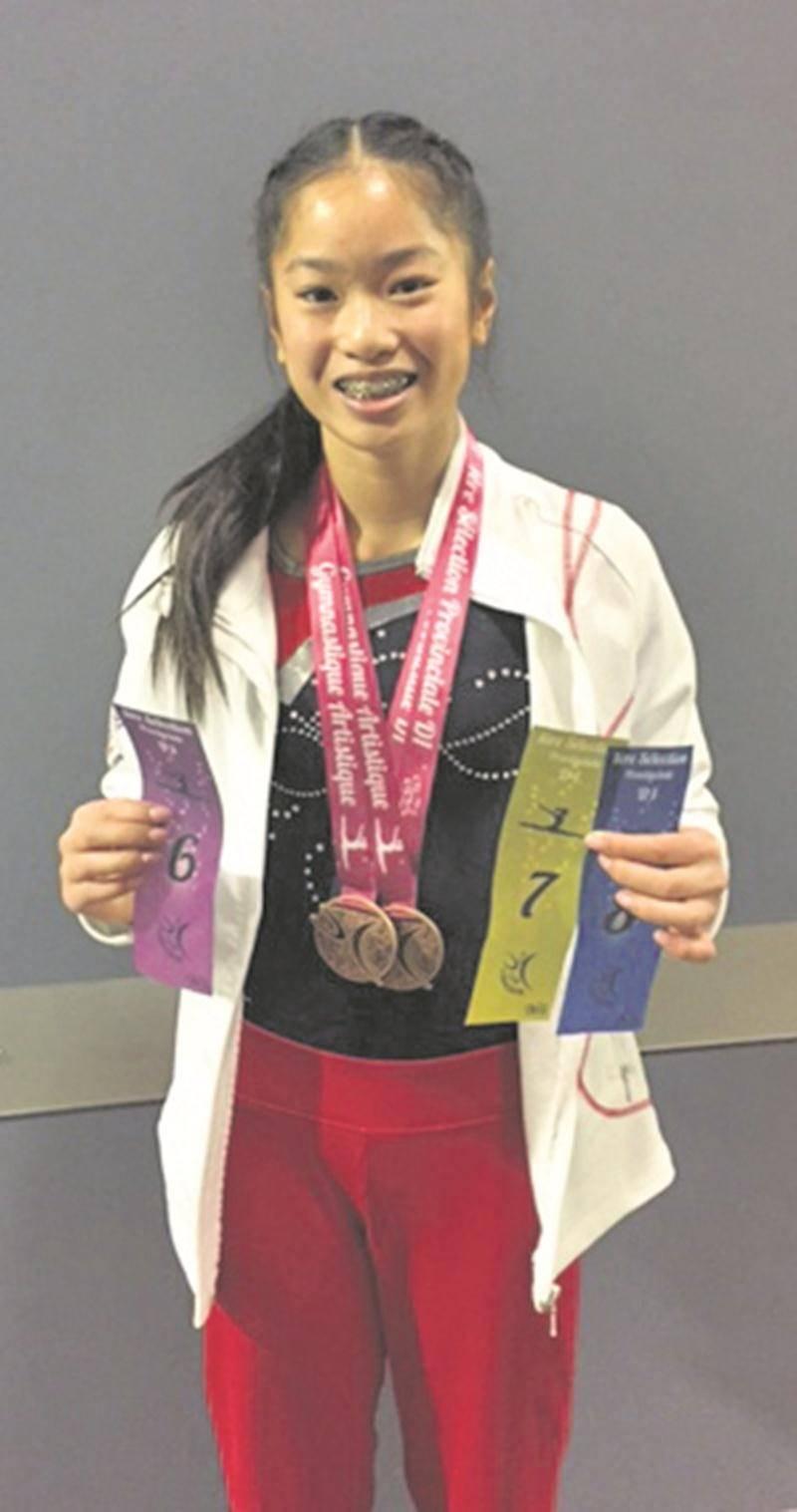 Shalie Brodeur a bien lancé sa saison avec une récolte de deux médailles de bronze et trois rubans chez les novices P7 à la 1re sélection de gymnastique artistique. Photo Courtoisie