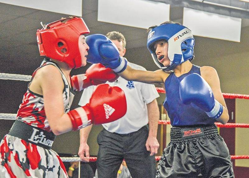 L'un des boxeurs prometteurs de la relève des Apprentis Champions, Asfand Khan, a remporté sa 15e victoire en 16 combats samedi soir. Photo François Larivière | Le Courrier ©