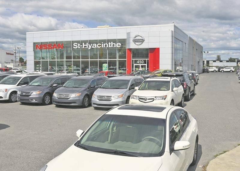La bâtisse commerciale du concessionnaire Nissan est depuis peu la propriété du Groupe Lambert qui possède les concessions Honda, Hyundai et Kia de Saint-Hyacinthe.  Photo François Larivière | Le Courrier ©