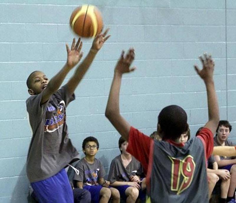 L'école Bois-Joli-Sacré-Coeur a terminé au deuxième rang en classe compétitif masculin et participatif masculin lors du festival de mini-basket du RSEQ Montérégie.