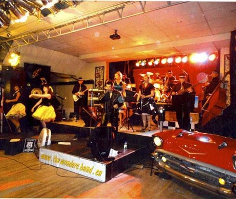 Le groupe maskoutain The Wonder's Band sera en spectacle dans le cadre du 27 e festival de musique country, rétro et folklorique de Sainte-Rosalie lors d'un souper spectacle le samedi 26 mai dès 16h15.