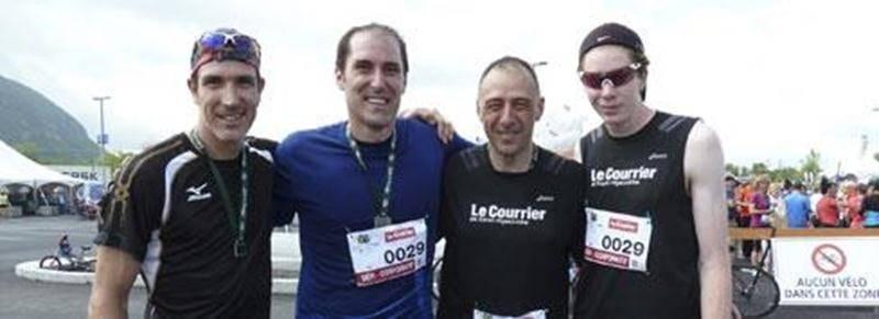 L'équipe de coureurs représentant LE COURRIER a bien tenté de remporter pour une troisième année consécutive le Défi Corporatif du Tour de la Montagne au Mont-Saint-Hilaire, mais a dû se contenter cette fois du deuxième rang, derrière l'équipe de Presto Lunch. L'équipe du COURRIER a franchi les 24,5 km du trajet en un temps de 1 h 15 min 11 sec. Sur la photo, Luc Morin, Luc Bertrand, Paul Dupuis et Julien Pinsonneault.
