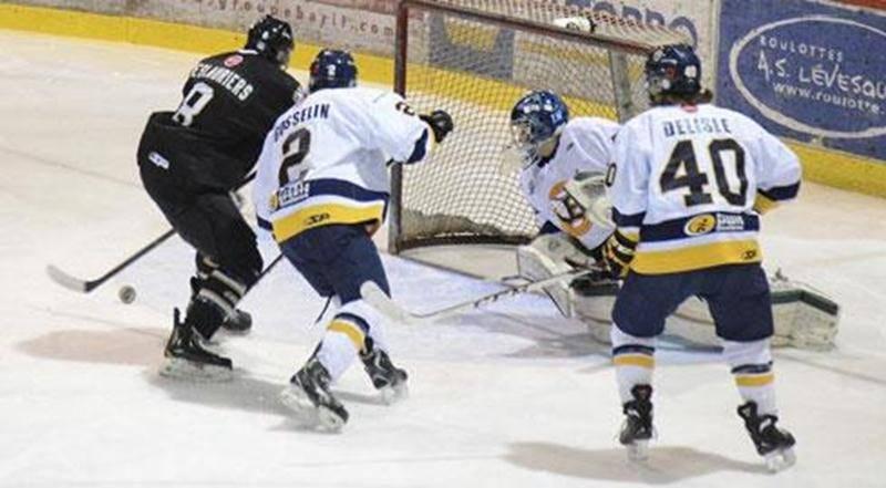 Paul-Antoine Deslauriers a récolté trois points au cours de la fin de semaine, dont un but face aux Estacades de Trois-Rivières vendredi soir.