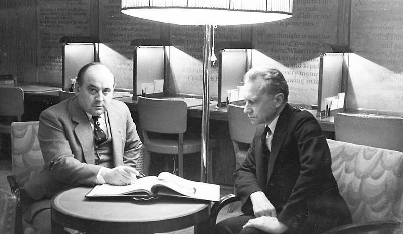 T.D. Bouchard en compagnie de l'ingénieur russe Nicholas Sauer, en 1933. Centre d'histoire de Saint-Hyacinthe. CH354.