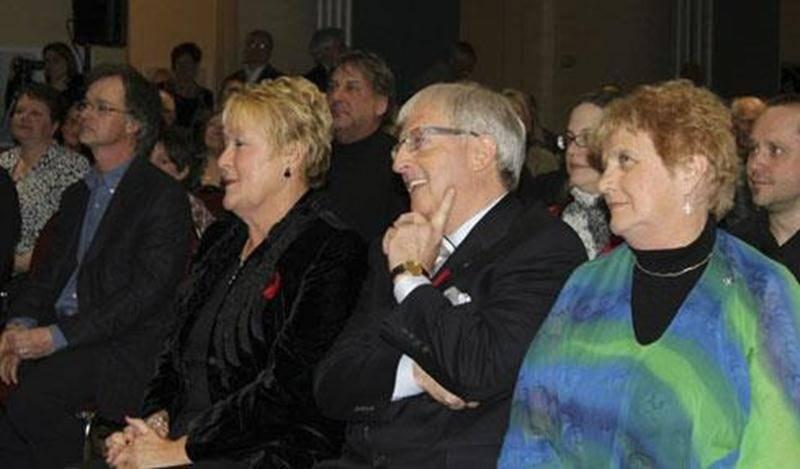 Richard Flibotte et Mario De Tilly ont participé au rassemblement partisan qui a confirmé la candidature du député Émilien Pelletier aux prochaines élections provinciales.