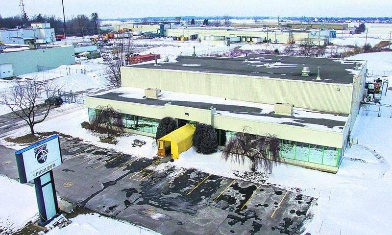 Depuis sa fondation en 2011, l'entreprise Brasseurs du Monde occupe une bâtisse industrielle située sur le boulevard Choquette. Photo François Larivière | Le Courrier ©