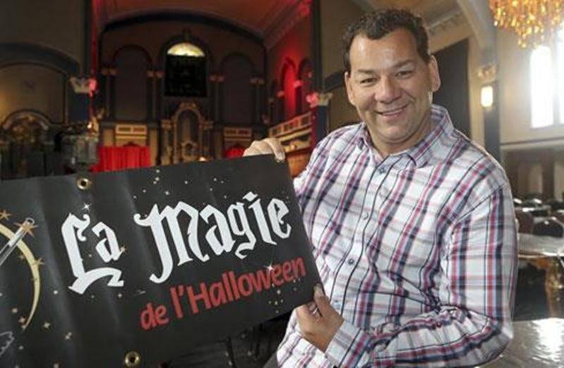 Joël Bérard organise la 8 e édition du spectacle <em>La Magie de l'Halloween</em> le samedi 27 octobre à la salle théâtre La Scène dès 20 h.