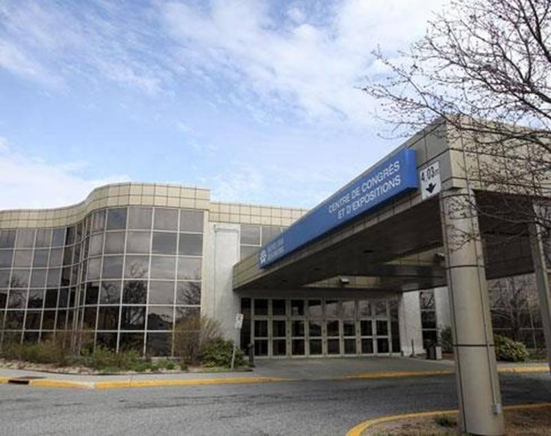 Grâce à l'intervention de la Ville de Saint-Hyacinthe, le Centre des congrès de l'Hôtel des Seigneurs ne pourra pas changer de vocation.
