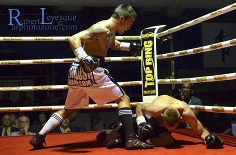Le premier round a suffi au Maskoutain Michael Gadbois pour vaincre Janos Vass.