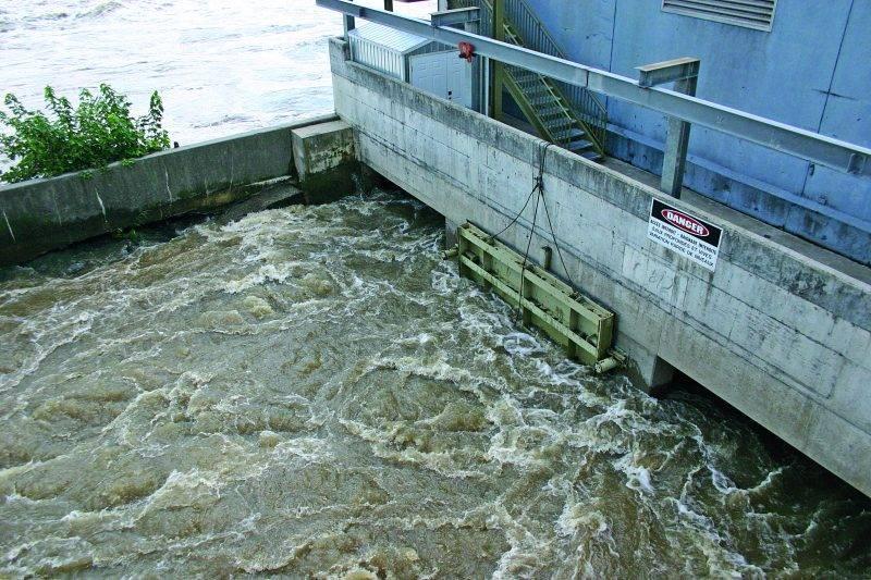 Située au centre-ville de Saint-Hyacinthe, la centrale privée T.-D.-Bouchard possède une puissance installée de 2,55 mégawatts. Photothèque | Le Courrier ©