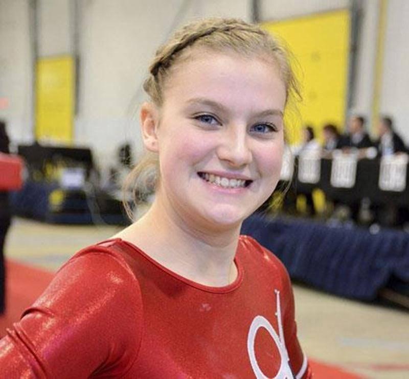 Stéphanie Pelletier fait partie de la douzaine d'athlètes maskoutains qui se sont qualifiés pour le Championnat canadien de gymnastique acrobatique lors de la 3 e Coupe Québec présentée à Saint-Hyacinthe.