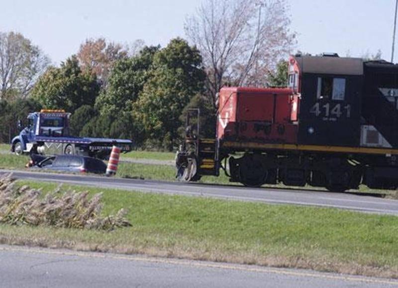 Le conducteur d'une fourgonnette a eu toute une frousse, en octobre dernier, lorsque son véhicule s'est retrouvé dans le terre-plein au moment où un convoi de marchandises traversait l'autoroute 20.