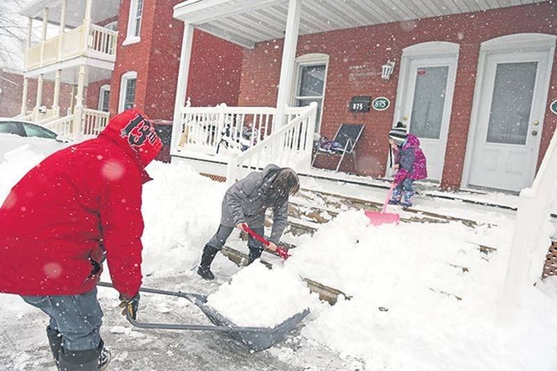 Après des semaines de temps doux, Saint-Hyacinthe est soudainement retournée en hiver depuis mardi. Photo Robert Gosselin | Le Courrier ©