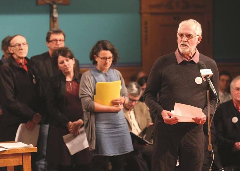 Lundi soir, de nombreux citoyens qui appuient fermement le projet CCM sont revenus à la charge dans le dossier. Photo Robert Gosselin | Le Courrier ©