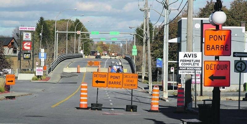 Le pont Bouchard, au centre-ville de Saint-Hyacinthe, a été fermé d'urgence le 2 octobre. Photo François Larivière | Le Courrier ©