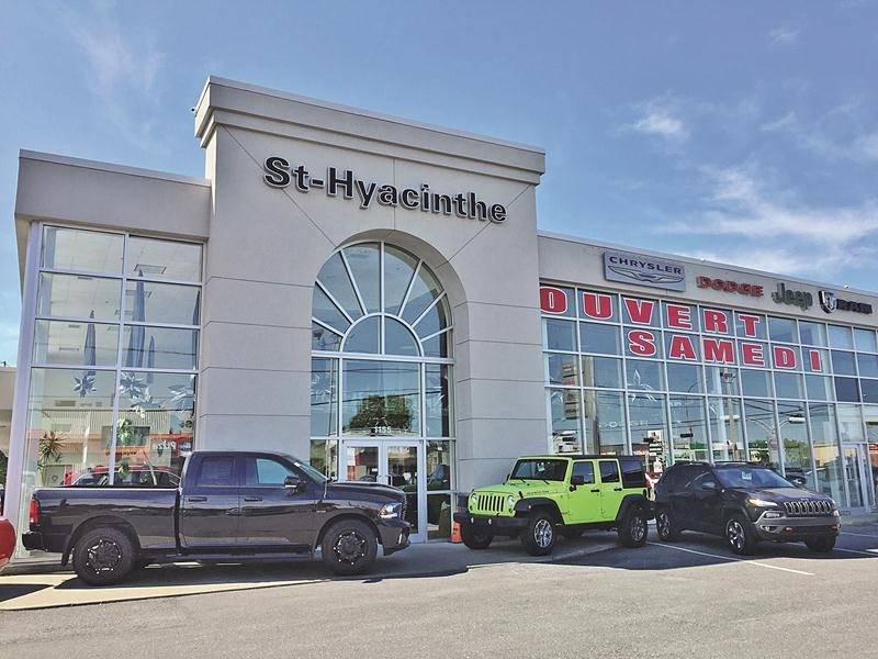 St-Hyacinthe Chrysler fait partie des trois concessions maskoutaines vendues à Automobile En Direct.com.