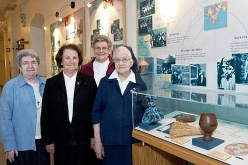 Sur la photo, dans l'ordre habituel, soeur Monique Pion, soeur Rollande Crevier, soeur Monique Laroche et soeur Berthe Cusson.