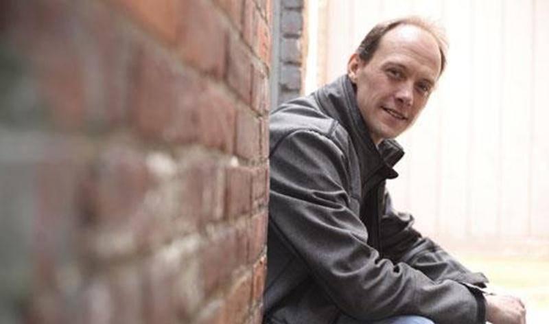 Après deux ans d'absence sur scène, le chanteur et guitariste Sébastien Laflamme sera en spectacle, vendredi, à la salle théâtre La Scène.