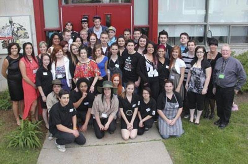 Les élèves des groupes P3 et P4 de l'école Raymond sont fiers de la réussite du deuxième Gala reconnaissance aux employeurs tenu lors de la soirée du 17 mai.