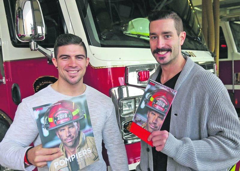 Pour 2018, les Maskoutains Jeff Guimond et Jérôme Laporte sont respectivement M. Juin et M. Octobre dans le nouveau calendrier des pompiers. Photo Robert Gosselin | Le Courrier ©