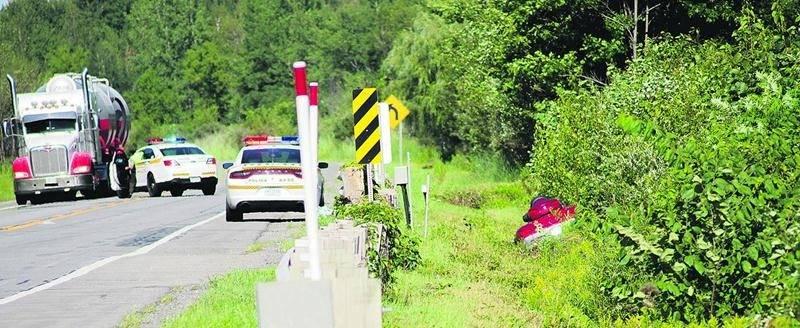 Une Soreloise de 56 ans a perdu la vie à la suite d'un impact entre la moto dont elle était passagère et un chevreuil sur le boulevard Laurier Est à Saint-Hyacinthe. Photo Bruno Beauregard