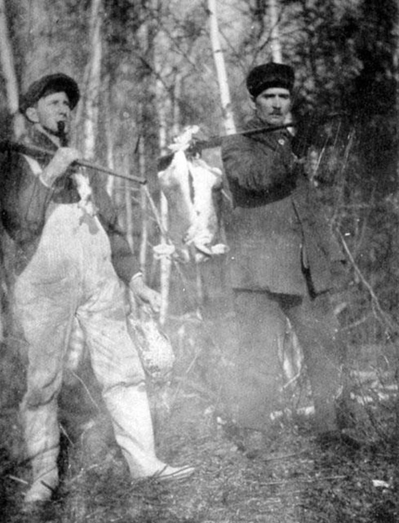 Retour d'une excursion de chasse dans les bois de Saint-Théodore-d'Acton.
