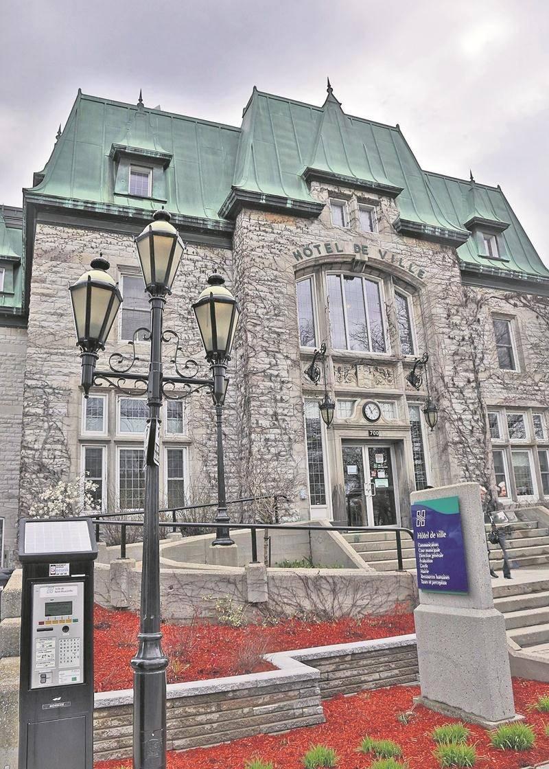 Tous les postes au conseil municipal de la Ville de Saint-Hyacinthe seront en élections le 5 novembre. Pas moins de 29 candidats ont déposé leur candidature pour l'un ou l'autre des 12 postes disponibles, incluant celui du maire Claude Corbeil. Photothèque Le Courrier