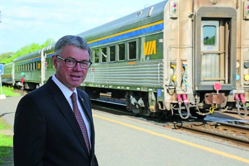 La mise en service du troisième aller-retour du train Via Rail entre Saint-Hyacinthe et Montréal représente une opportunité exceptionnelle pour le développement futur de la ville selon le maire Claude Corbeil.  Photo Robert Gosselin - Le Courrier