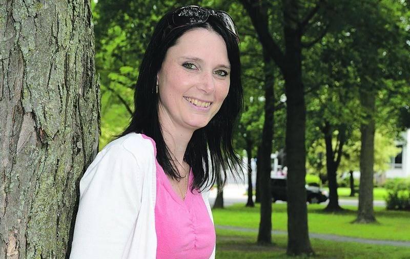Isabelle Picard luttera contre les cancers féminins les 22 et 23 août en marchant 60 kilomètres en deux jours lors du Week-end Pharmaprix, à Montréal. Photo François Larivière | Le Courrier ©
