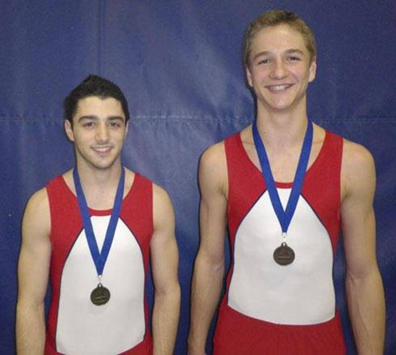 Les performances de Kevin Desjardins-Rodier et de Louis-Philippe Laurendeau en <em>tumbling</em> leur ont valu la médaille d'or et de bronze, de même que la mention de standard élite, à la troisième Coupe Québec.