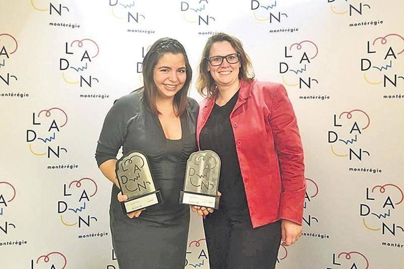 Lorena Meneses, propriétaire de Mareiwa Café colombien, a remporté le « Grand Prix LADN » ainsi que le prix « Audace » dans le cadre du concours LADN Montérégie 2018. On la voit ici en compagnie de Karine Guilbault, de Saint-Hyacinthe Technopole, qui parrainait sa candidature.  Photo courtoisie