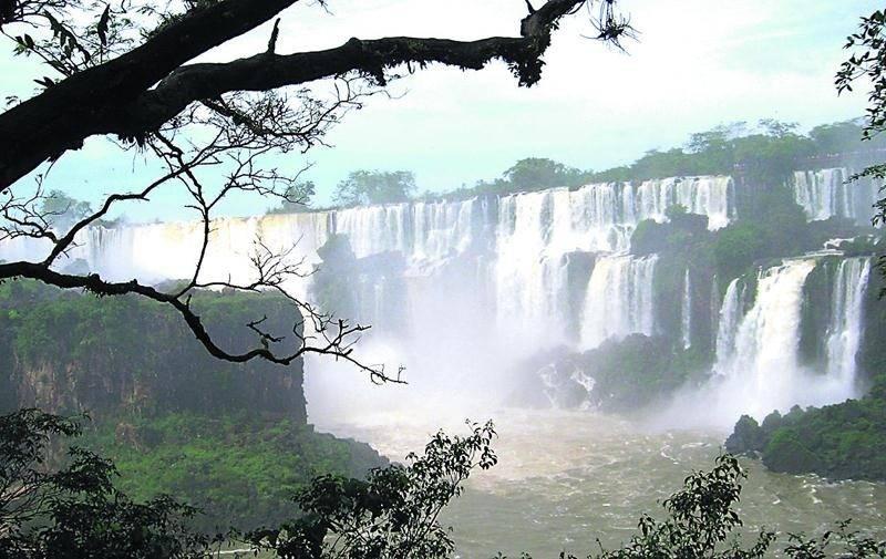 Ce ne sont pas les panoramas saisissants qui manquent en Argentine, comme en témoignent les puissantes chutes d'Iguazu. Photo courtoisie