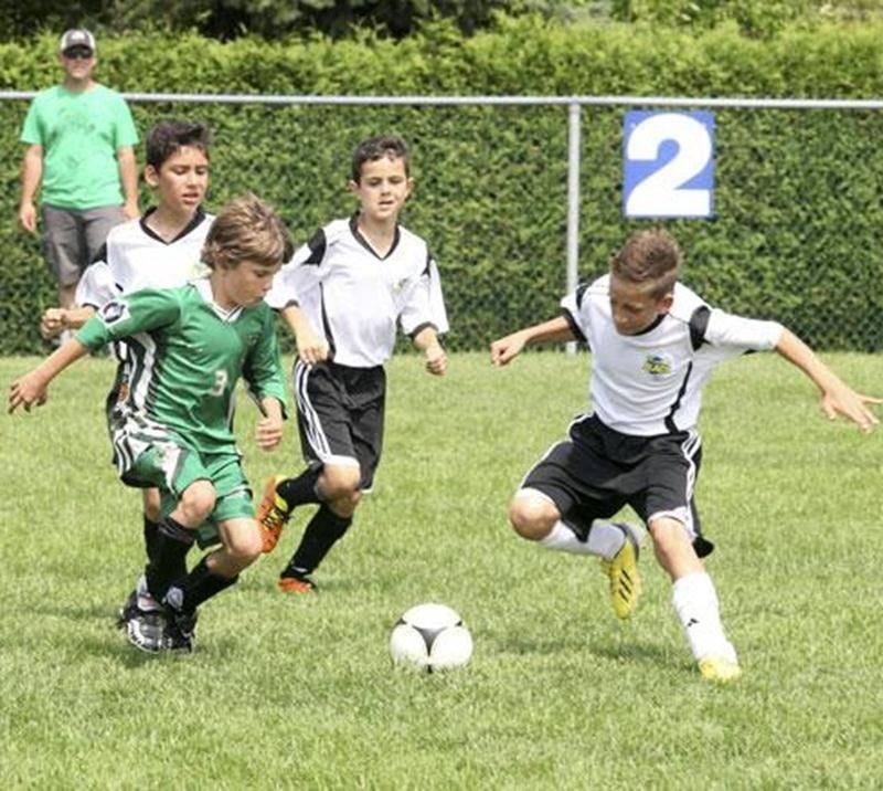 Les 103 équipes inscrites au Tournoi National de soccer de Saint-Hyacinthe se sont disputées 176 parties durant les trois jours du tournoi.