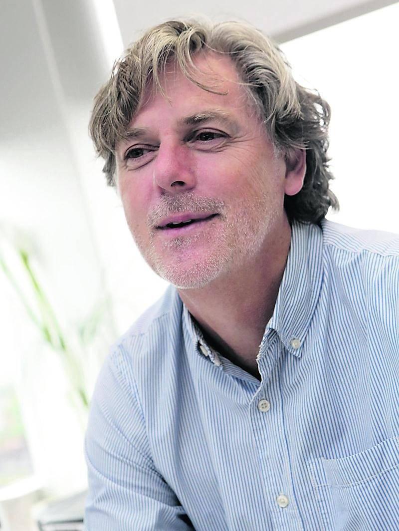 Mario Choquette, économiste à la Direction régionale d'Emploi-Québec de la Montérégie située à Saint-Hyacinthe. Photo Robert Gosselin | Le Courrier ©