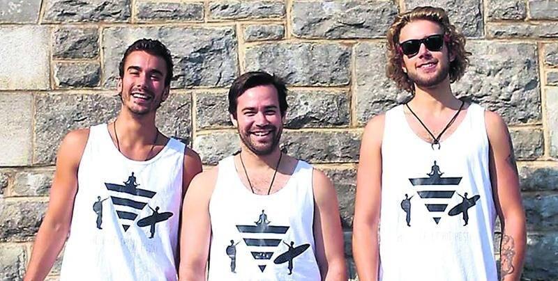 Véritable destination coup de coeur, c'est au Nicaragua que Karl (au centre), Laurent Champagne et Vincent Villemure-Duchesneau ouvriront leur auberge de jeunesse.  Photo courtoisie